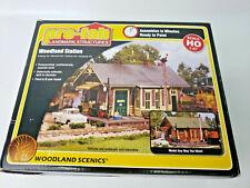 Woodland Scenics Woodland Station  Prefab Landmark StructuresHO Scale Kit 1:87