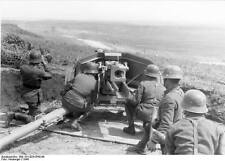 WWII B&W German Photo Pak 40 7.5cm Anti-Tank Gun in Action 1944  WW2 / 2134