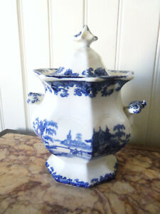 Fine Large  Antique Blue and White Staffordshire Transferware Covered Sugar Bowl