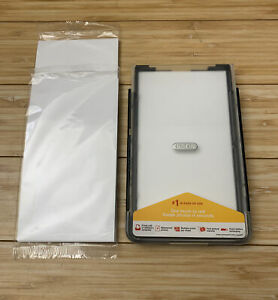Kodak EasyShare Series 3 Printer Dock Paper Tray with some paper