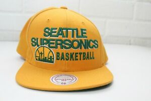 Vintage Mitchell and Ness Mens One Size Yellow Seattle Supersonics Snapback Hat