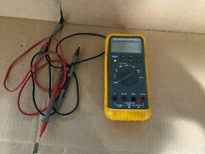 Fluke 87 True RMS Digital Multimeter w/ Leads