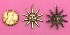 ANTIQUE BRASS SMILING SUN FACE CHARM - 4 PCS