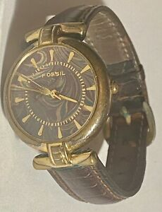 Fossil ladies vintage watch Pc-7393