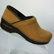 DANSKO Professional Tan Nubuck Suede Leather Clogs Womens EU 36, US 5.5-6 Shoes
