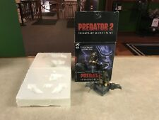 "2004 Palisades Predator 2 Triumphant Statue Limited Edition with Box 5"" Inch"