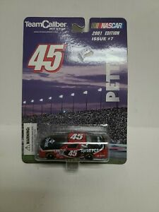 Team Caliber Pit Stop: 2001 edition Issue #7: #45 Petty - New