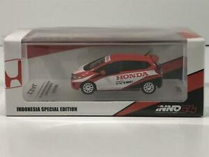 Honda Jazz GK5 2015 Indonesia with Decals and Extra Wheels 1:64 Inno Models