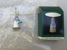 1995 Hallmark Alice in Wonderland Thimble Ornament