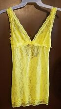 VICTORIA'S SECRET YELLOW BABY DOLL SLEEPWEAR SIZE MEDIUM