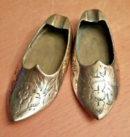 Attractive Pair of Vintage Indian Brass Shoe Ashtrays 8cm VGC