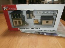 WALTHERS CORNERSTONE SERIE HO SCALE BUILT-UP-TRACKSIDE STRUCTURES