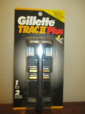 Gillette Trac II Plus razor w/ 2 cartridges refills twin blades 1995 USA rare