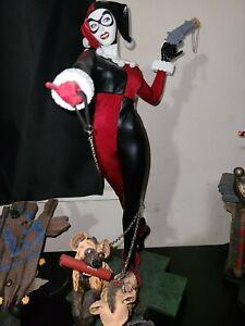 DC COMICS HARLEY QUINN 1/4 SCALE MUSEUM STATUE Figure Displayed Batman