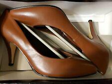 Newport News high heel shoes women's size 6-1/2 light brown - New