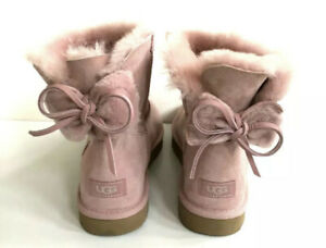 UGG CLASSIC BAILEY DOUBLE BOW FUR PINK CRYSTAL SUEDE MINI BOOTS SIZE US 9 WOMENS