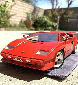1/18 Lamborghini Countach Burago Red