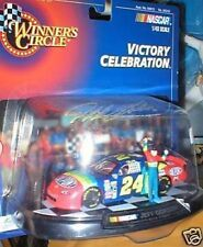 JEFF GORDON VICTORY CELEBRATION FIGURE WITH 1/43 CAR