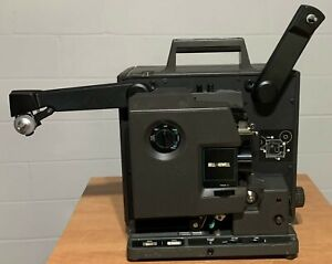 BELL AND HOWELL FILMOSOUND 2585C MOVIE PROJECTOR 16MM