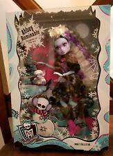 Monster High Abbey Bominable 2017 Adult Collector Exclusive Doll -NIB NRFB MINT