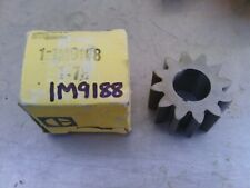 Caterpillar oil pump gear 1M9188 new old stock item. Suit many applications.