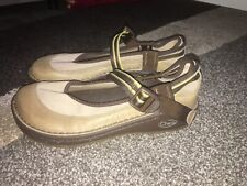 Chaco Womens Mary Jane Shoes Size 7   Brown Tan Outdoor Comfort  Shoe NWOB