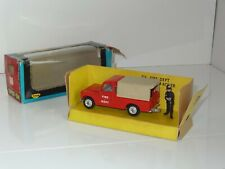 triang spot on FIRE DEPT LAND ROVER- 316 (206)