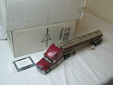 Franklin Mint Mack Truck and Tanker 1.32 Scale Part No. (B11U024) (B11WP10)
