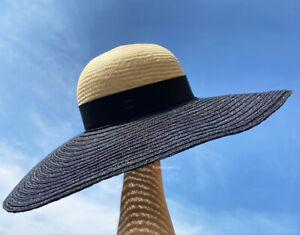 NEW CHANEL WIDE BRIMMED BEIGE BLACK GROSGRAIN CC LOGO STRAW RAFFIA HAT S