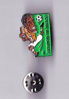 Dutch Team 1998 FIFA World Cup FRANCE pin badge Football Netherlands Holland