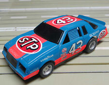 für H0 Slotcar Racing Modellbahn --  Buick Nascar *No 43*  mit Tyco Chassis