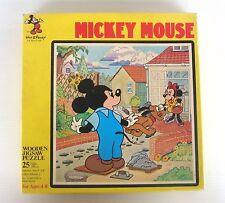 Puzzle ancien en bois Mickey Mouse Walt Disney Hape 20/20cm - complet en boite