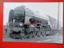 PHOTO  LNER PEPPERCORN CLASS A2 4-6-2 60534  IRISH ELEGANCE