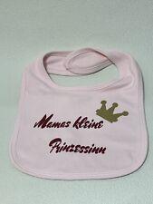 SkipHop Baby Lätzchen mit NamenMotiv Schmetterling in rosa /& lilaMädchen