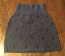 Victoria's Secret PINK Gray With Skulls Skirt Junior's XS NWT!!!