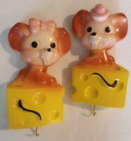Vtg Mouse Wall Cheese Chalkware Hook Girl & Boy 1973