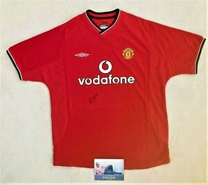 Manchester United football shirt genuinely signed by David Beckham
