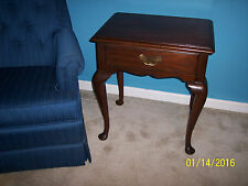 * Henkel Harris Mahogany 1 DRAWER LAMP ACCENT TABLE STYLE 141 FINISH #29 1968