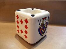 Prachtig porceleinen dobbelsteen asbak met kaartspel - Playing cards