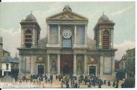 CPA -78 - VERSAILLE - L'Eglise Notre-Dame - Une sortie de messe