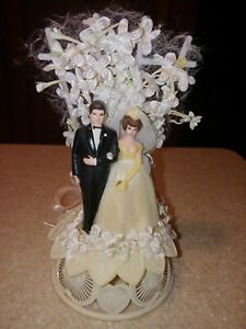 Vintage Wedding Cake Topper Vintage Brunette Couple 1973