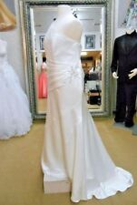 Alfred Angelo Bridal Gown Wedding Dress Ivory One shoulder Plus Size 26W