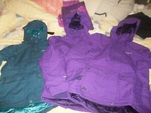 ONE NEW Mountain Hardwear Ms Snow it All Parka Insulated Jacket Hooded Coat DryQ