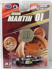 Mark Martin #01 NASCAR 1:64 Diecast Car with Collectible Medallion US Army