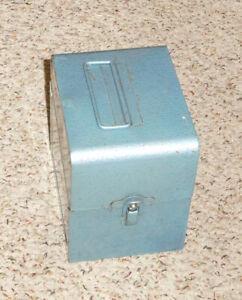 8mm / Super 8mm Film Storage Carrier ~ 200 Ft Reels
