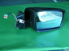 RANGE ROVER SPORT DRIVERS DOOR MIRROR RIGHT HAND ELECTRIC MIRROR & PUDDLE LIGHT.