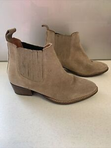 Sz 37 Sz 6 ZU Taupe Suede Leather Ankle Boots Pull On Style Low Heel 'Eastwood'