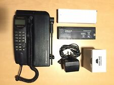 Motorola International 2700 telefono veicolare trasportabile GSM car phone bag