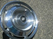 one 1961 Buick Electra Invicta 15 inch hubcap wheel cover