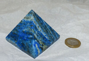 Schöne und interessante Lapislazuli / Lapis Lazuli Pyramide - 5,7 cm; 191 g